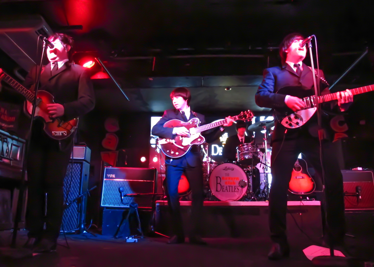 Cavern-Club-Beatles-cover-band-CREDIT-AMY-LAUGHINGHOUSE