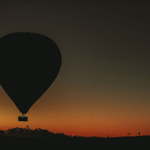 Ballooning near Alice Springs with Outback Ballooning - Image credit David Hill.