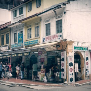 Exploring Singapore's Little India on foot